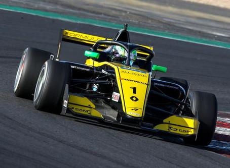 F-Renault Eurocup: Caio Collet domina em Magny-Cours e recupera liderança do campeonato