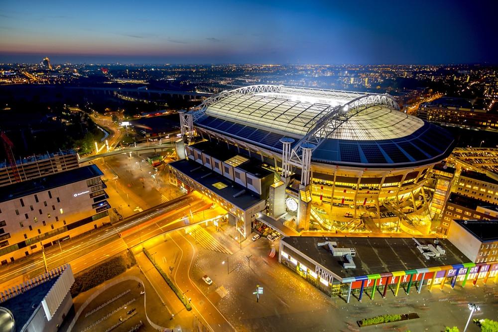 Nissan participa do maior sistema de armazenamento de energia da Europa, inaugurado em estádio na Holanda
