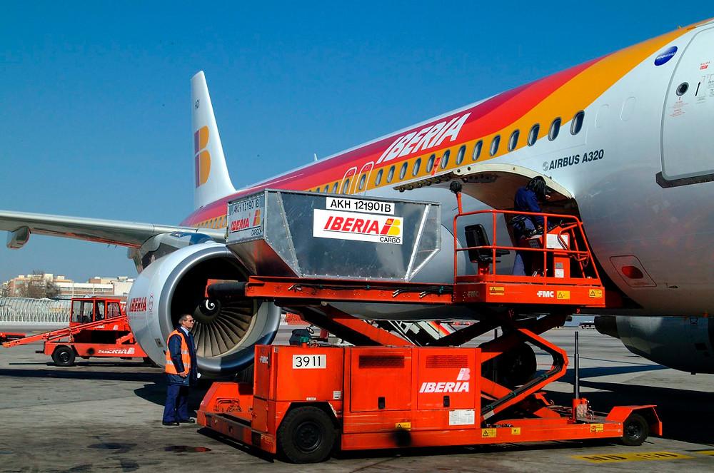 IAG Cargo das empresas British Airways, Iberia e Aer Lingus, cresceu 10% em Novembro