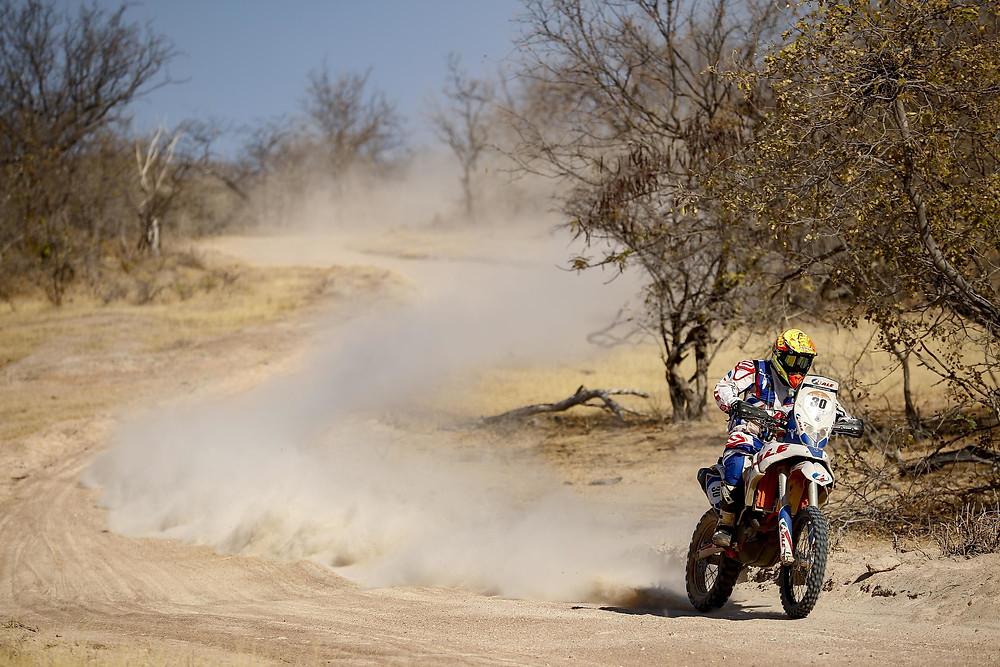 Tiago Fantozzi triunfou nesta sexta-feira nas motos