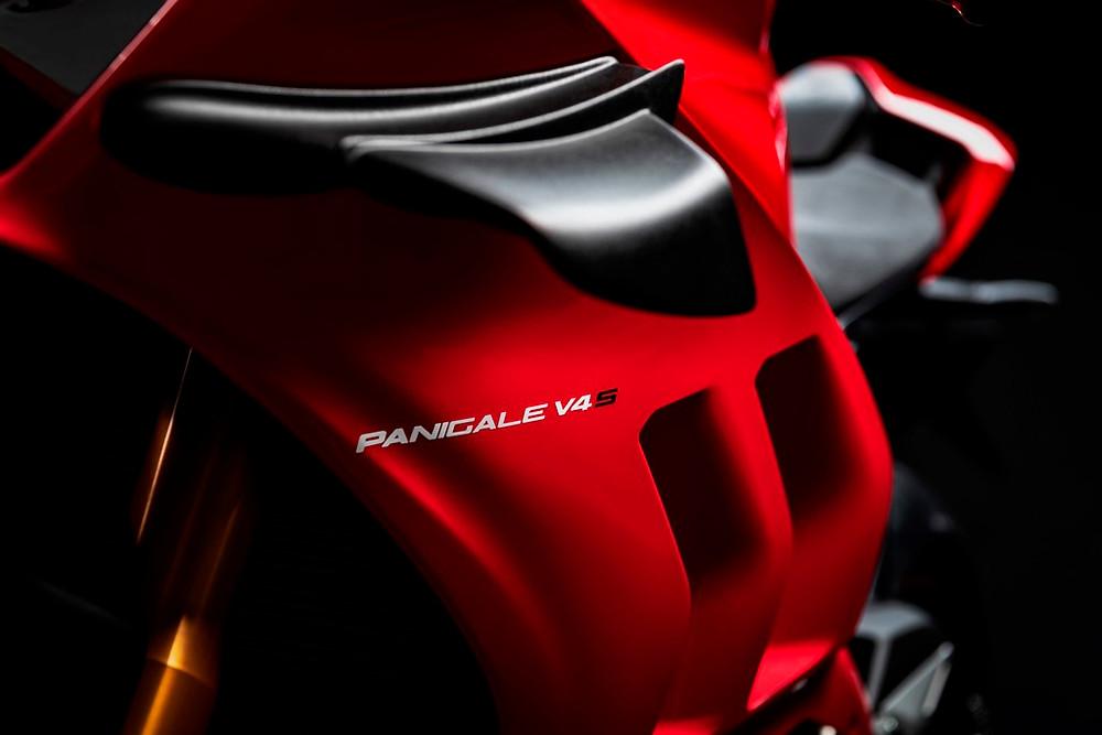 Ducati apresenta a nova Panigale V4S