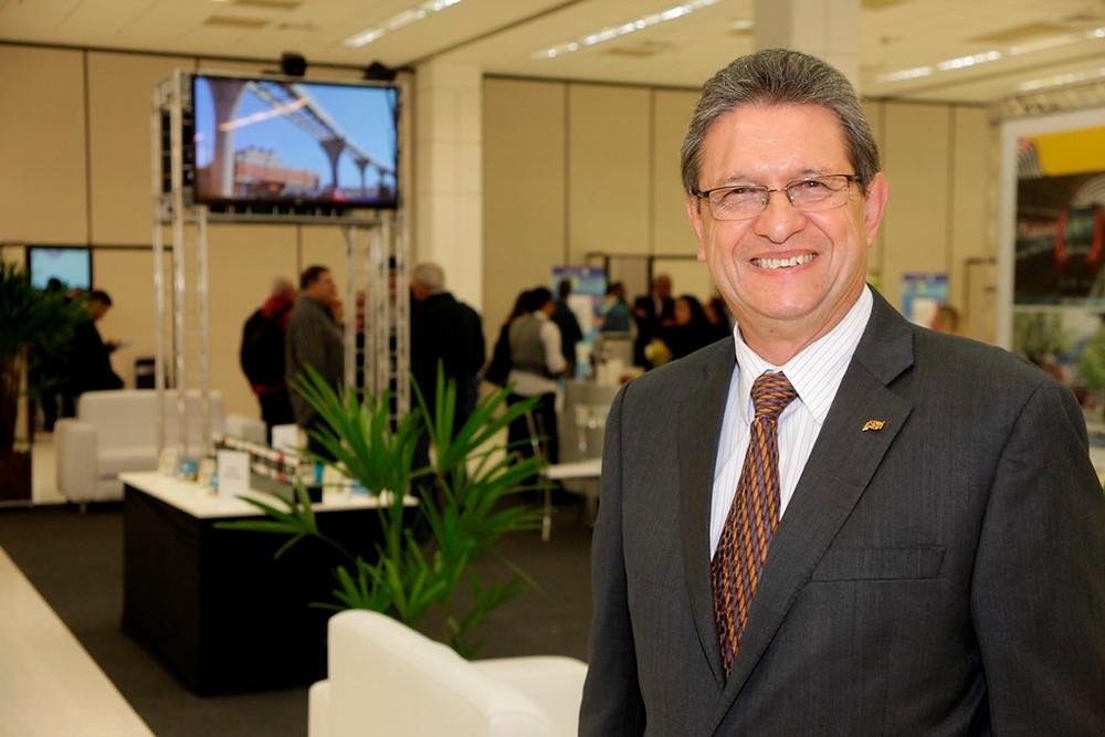 EXCLUSIVO - Entrevista com Emiliano Neto, presidente da AEAMESP, sobre o transporte sobre trilhos e mobilidade urbana.