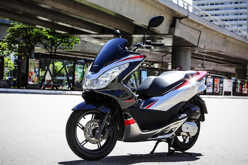 PCX da Honda é destaque no segmento de Scooters com 3.014 unidades emplacas em Agosto