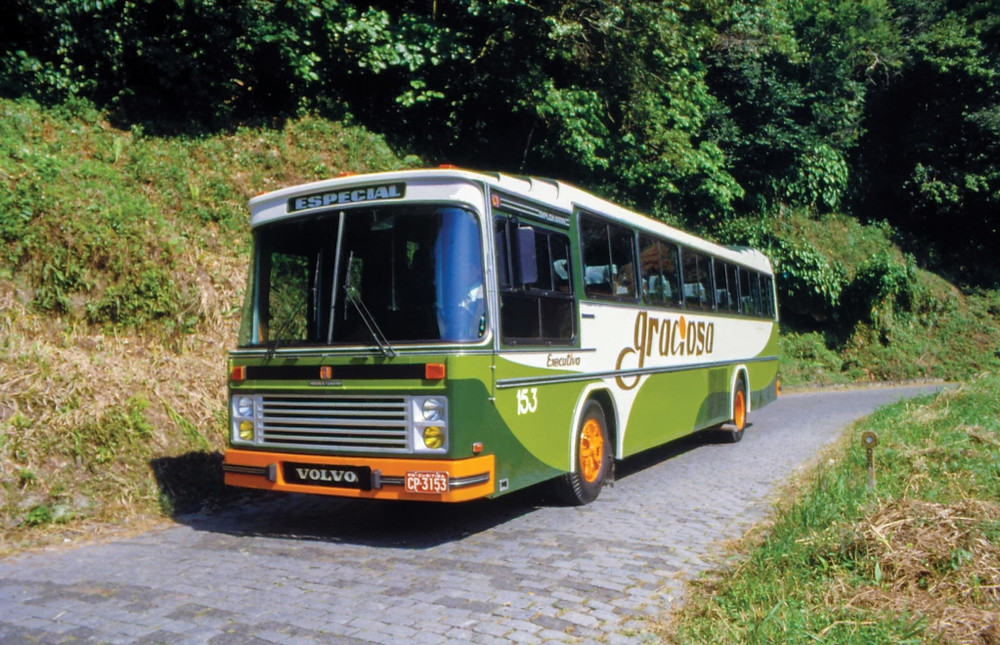 Volvo busca caminhão e ônibus mais antigos da marca produzidos no Brasil e ainda em atividade