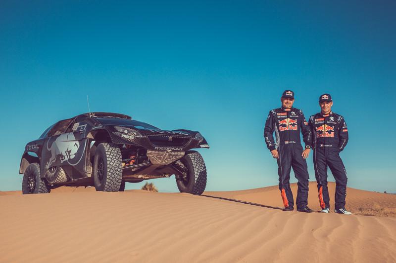 "Sébastien Loeb se junta ao ""Dream Team"" da Peugeot-Total no Dakar"