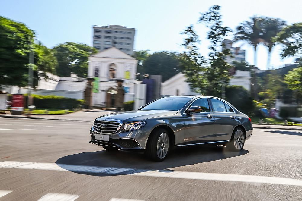 Novo Mercedes-Benz Classe E chega ao País em três versões