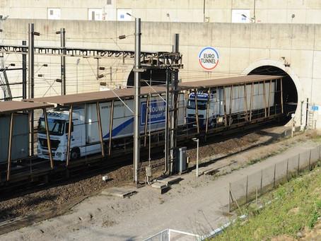 Tráfego de caminhões transportados de trem no Eurotunnel bate recorde