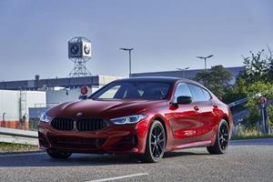 Novas versões do BMW Série 8 entram em produção na Alemanha