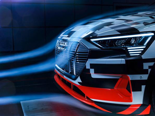Protótipo Audi e-tron tem aerodinâmica inovadora