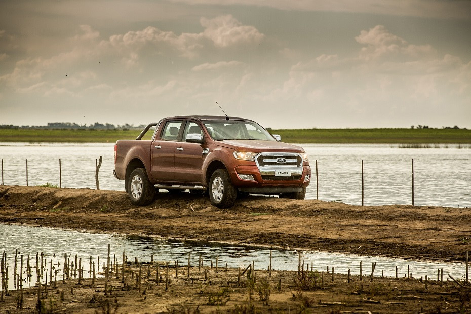 Com motorizações Flex e Diesel, chega ao mercado a nova Ford Ranger