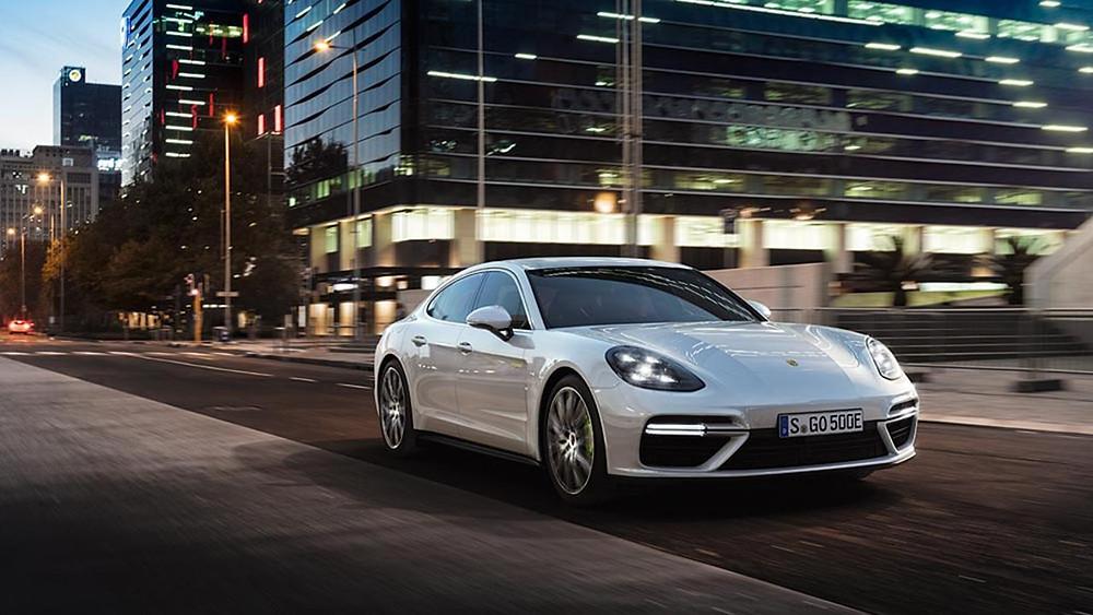 Porsche mostra o novo Panamera Turbo S E-Hybrid