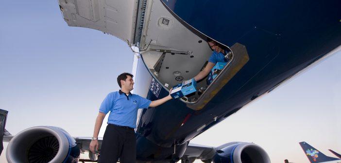 Azul anuncia arrendamento de duas aeronaves cargueiras 737-400F