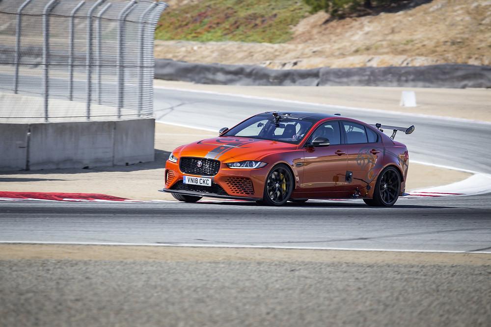 Jaguar XE Project mostra sua rapidez em pista americana