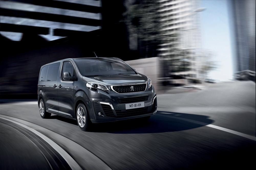 PSA inicia a produção dos veículos utilitários Citroën Jumpy e Peugeot Expert na Rússia a partir de 2018