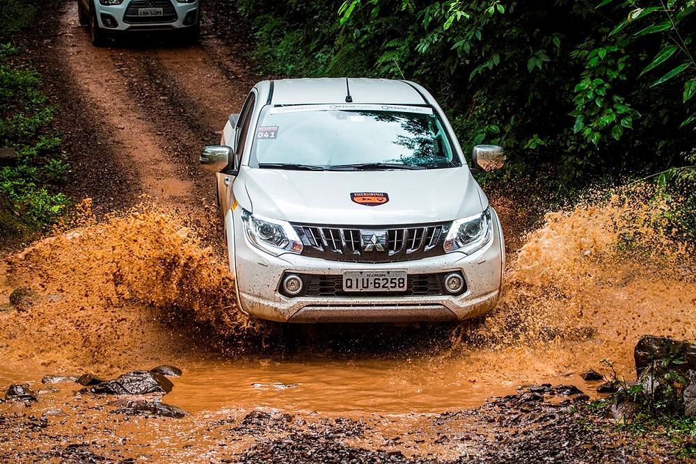 Com saída de Passos, Mitsubishi Experience 4x4 irá explorar a Serra da Canastra em Minas Gerais