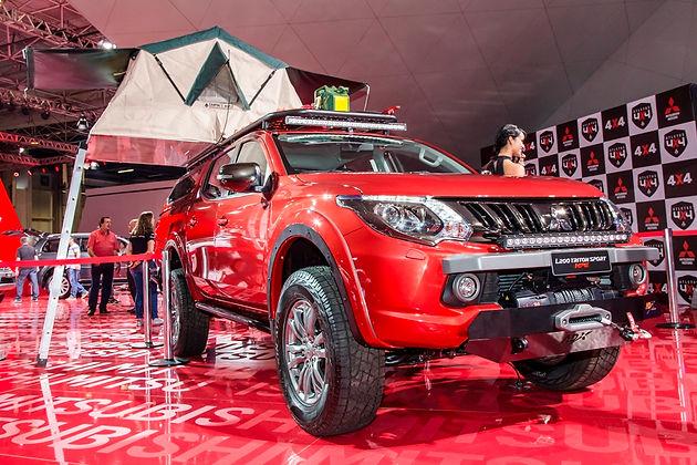 7183fb7dd L200 Triton Sport by ADX, a parceira ideal para aventuras pelo mundo, pode  ser vista no Salão do Automóvel