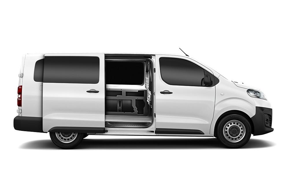 Por R$ 138.290, furgão Jumpy da Citroën já vem com vidros laterais
