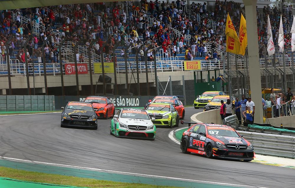Mercedes-Benz Challenge abre em Interlagos segunda metade da temporada