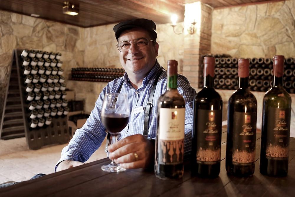 O vinho dos mortos que alegra os vivos e resgata tradições lusitanas