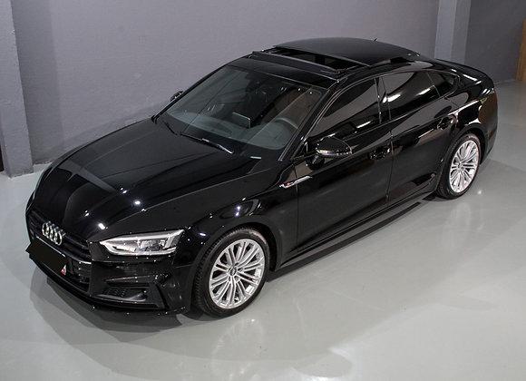 Audi A5 Performance Black 2.0 Turbo TFSI