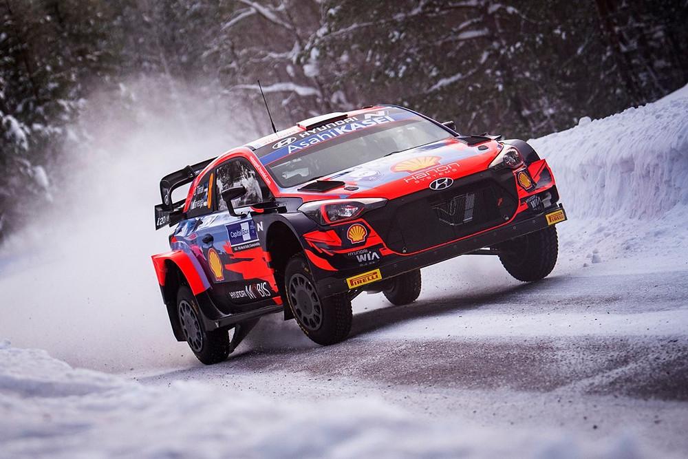 WRC: Estoniano Ott Tänak em Hyundai termina primeiro dia liderando na Finlândia