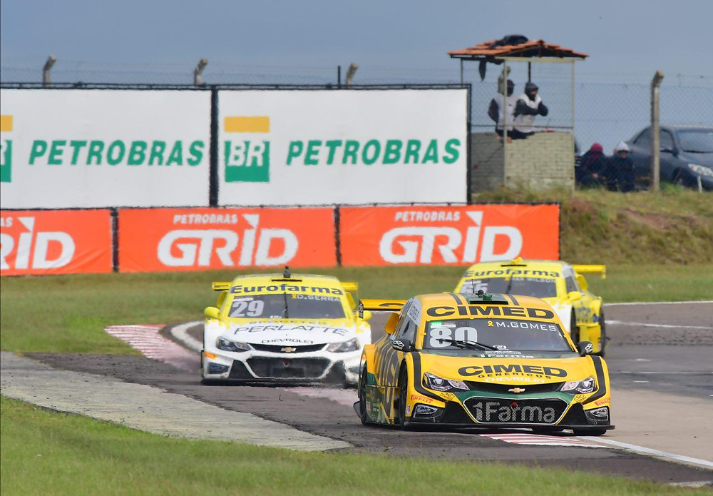 Stock Car: Marcos Gomes e Átila Abreu vencem com autoridade as corridas do dia em Santa Cruz do Sul