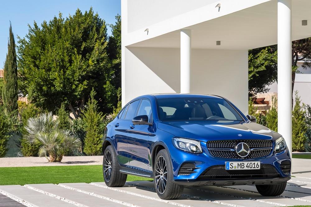 Novo Mercedes-Benz GLC Coupê, oito versões para o mercado português.