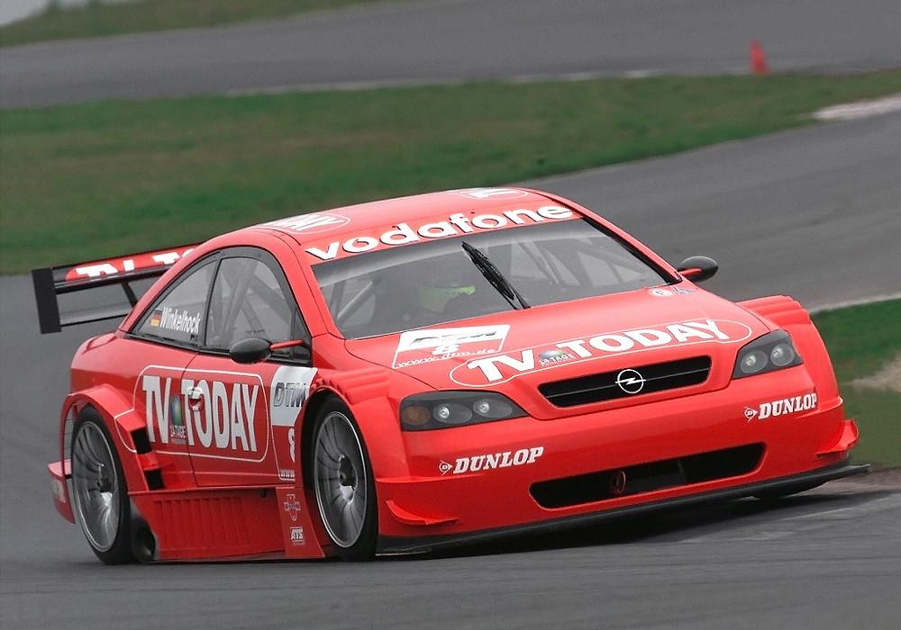 Joachim Winkelhock OPEL ASTRA DTM 2000