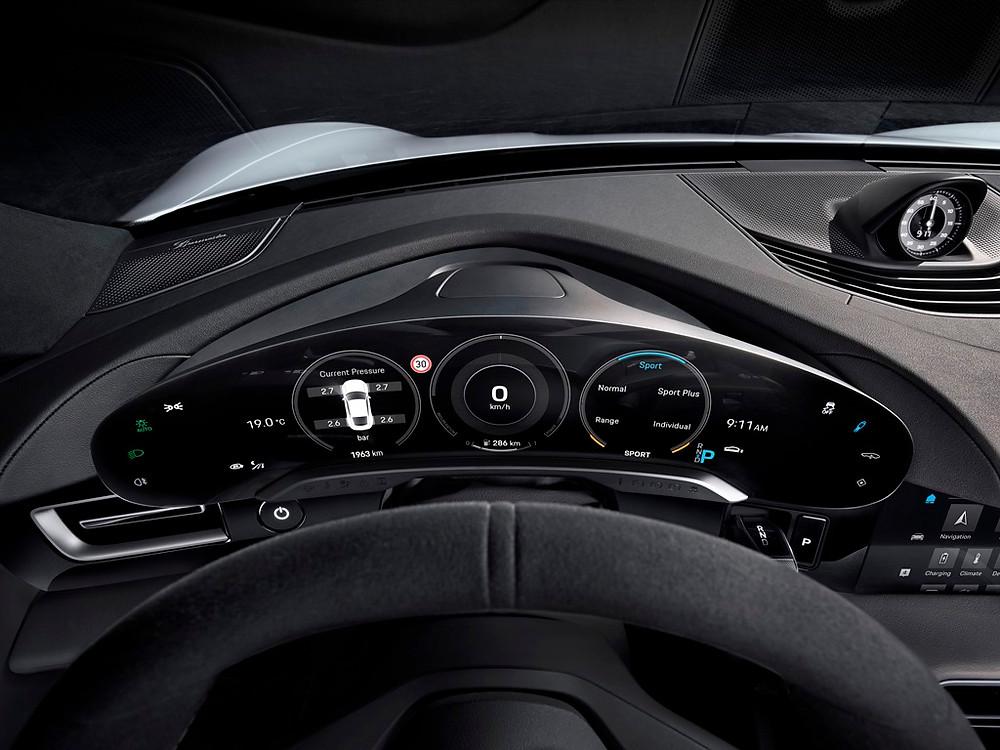 Digital, funcional e sustentável: assim é o interior do novo Porsche Taycan