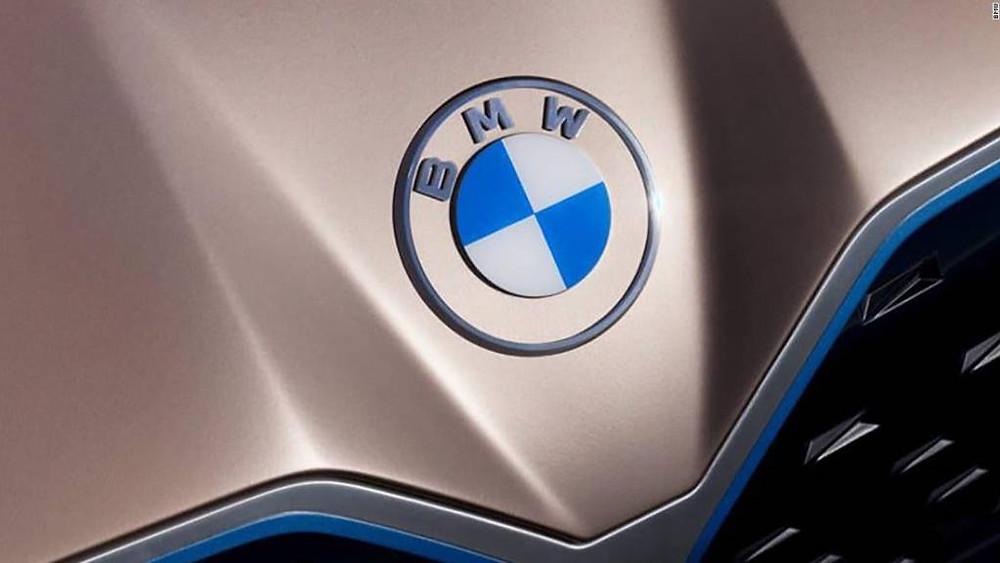 Expressas: BMW só fabricará motores a combustão no Reino Unido e Áustria