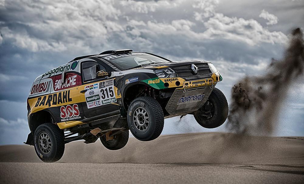 Piloto português Carlos Sousa regressa ao Dakar com um Renault Duster!