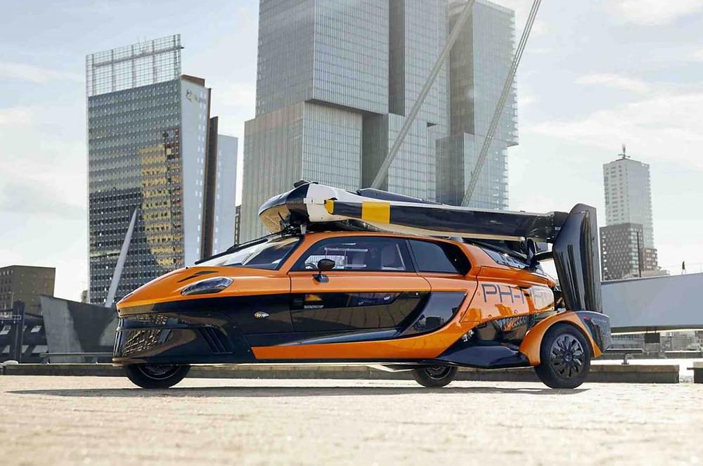 Expressas: Carro voador já autorizado a rodar na Europa, aguarda autorização para voar