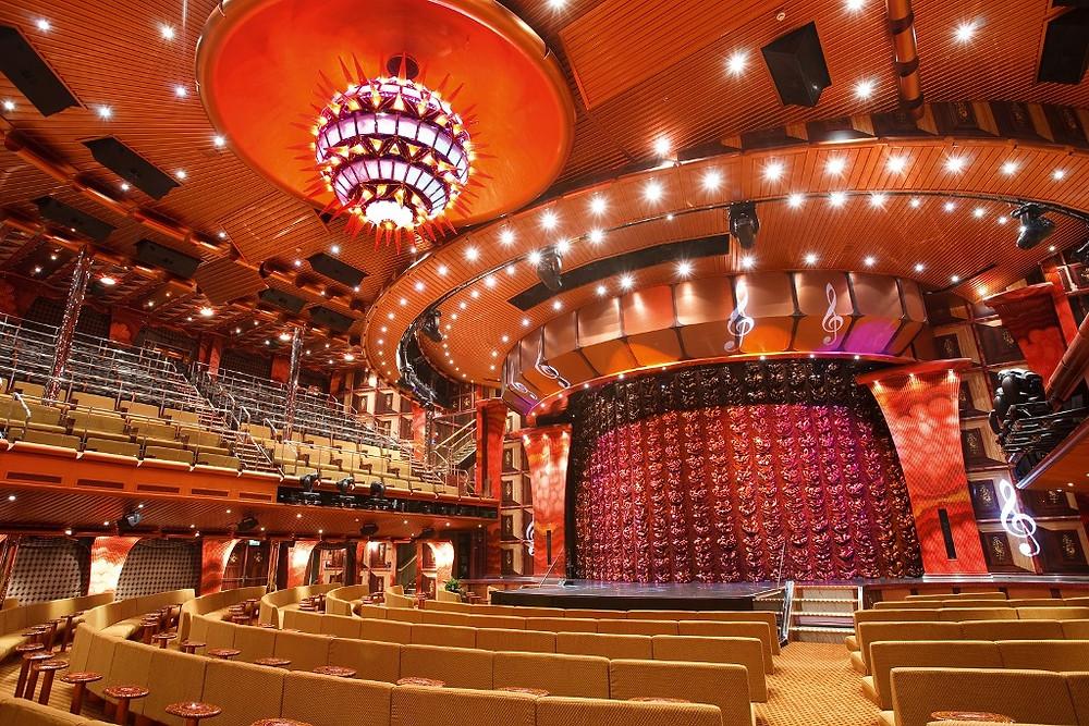 Teatro do navio Costa Pacifica