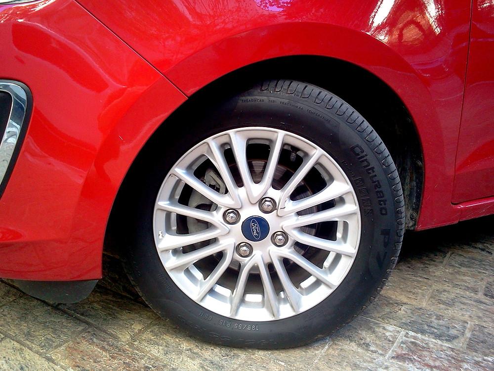 DESTAQUE NA GARAGEM: Ford Ka Sedan Titanium, entrega um dos melhores conjuntos mecânicos do segmento