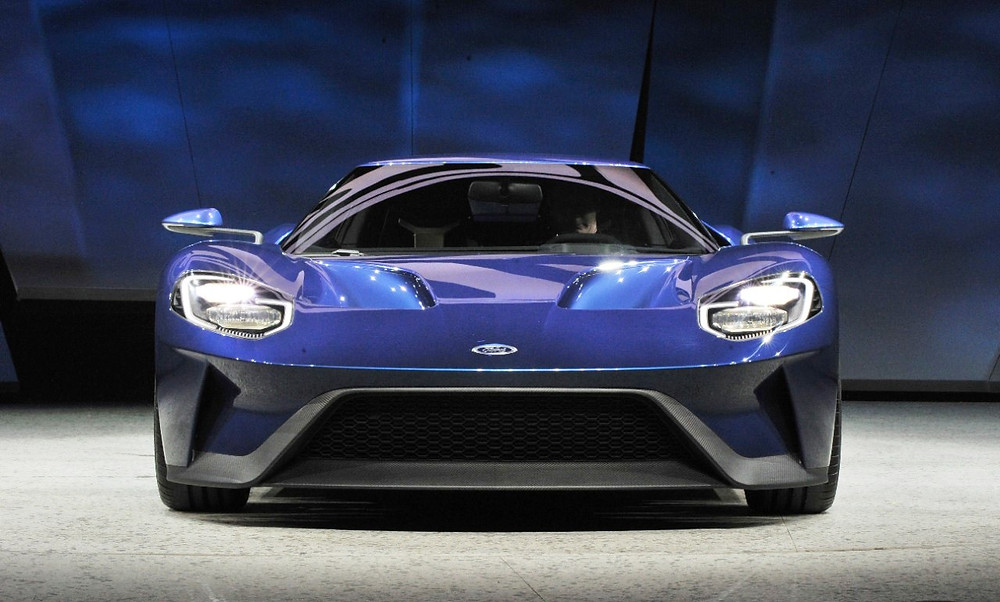 Novo Ford GT leva a tecnologia dos smartphones para os automóveis