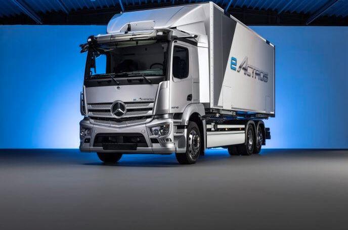 Daimler Trucks mostra caminhão a hidrogênio capaz de fazer mais de 1.000 km