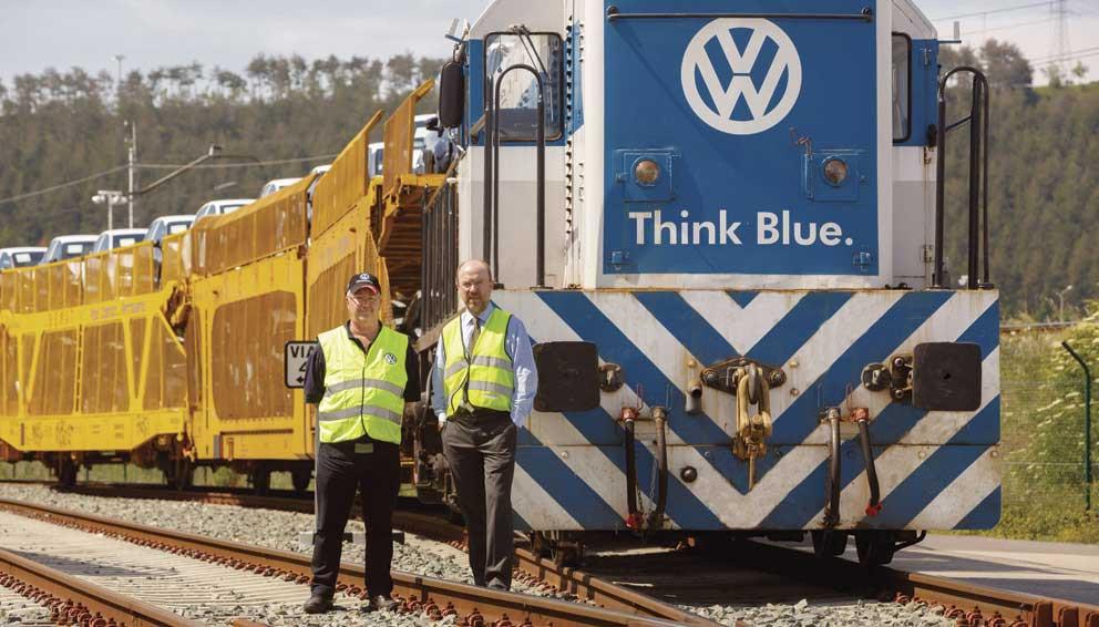 Trem interno na fábrica da Volkswagen - Think Blue