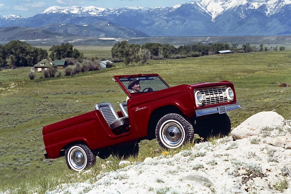 Ford prepara o retorno do lendário Bronco