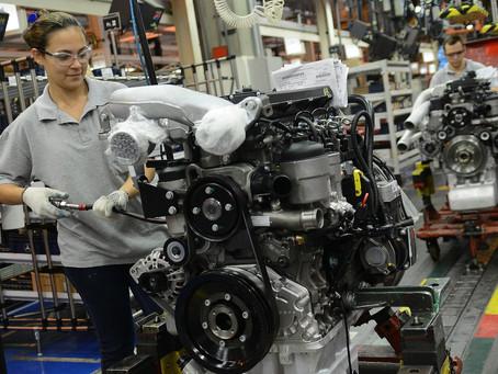 Mercedes-Benz alcança o marco de 3 milhões de motores para ônibus e caminhões produzidos no Brasil