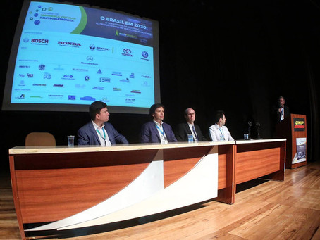AEA debate segurança e futuro dos veículos eletrificados no País