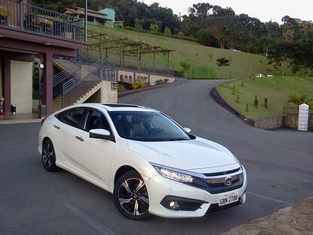 Avaliação: Com a qualidade japonesa e motor 1.5 Turbo a gasolina, versão Touring do Civic ameaça ger