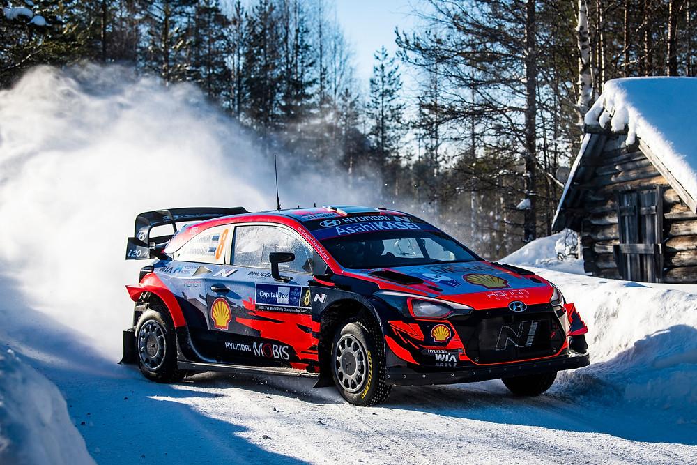WRC: Tänak aumenta a liderança na Finlândia