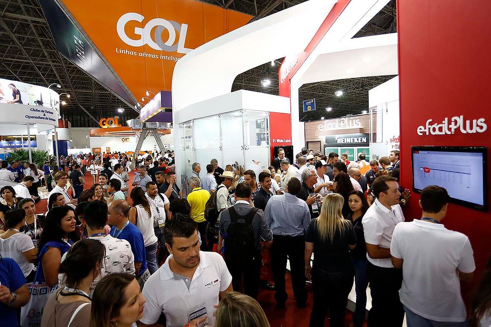 44ª ABAV Expo & 46ª Encontro Comercial Braztoa é aberta com grande presença de público