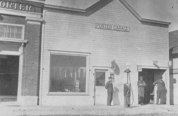 Porter Garage during World War 1