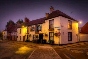 Pelican Inn and nos. 6–12 St. Mary's St.