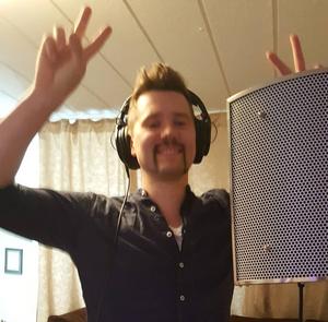 Recording the song Jag Lutar Mig Mot Dig Alltid