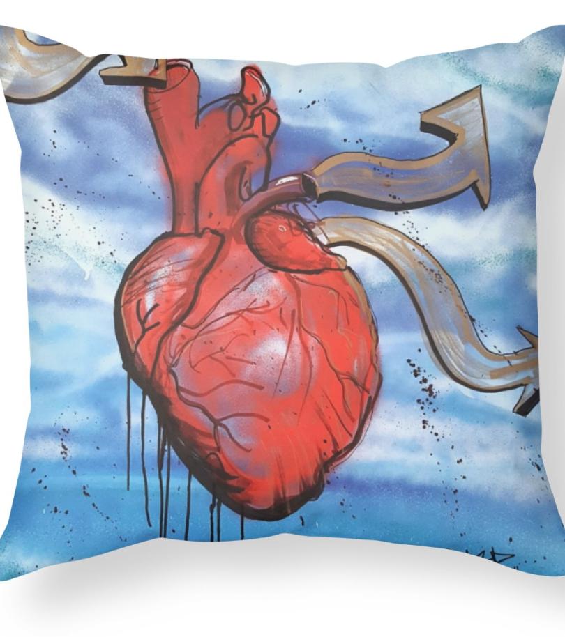 Pillow_LoveInLoveOut