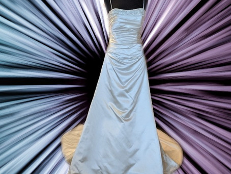 My Stunning Wedding Site Blog begins;