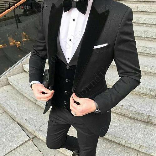 Black Groom Tuxedos Mens Wedding Suits Velevt Peaked Lapel Man Blazer 3 Pieces