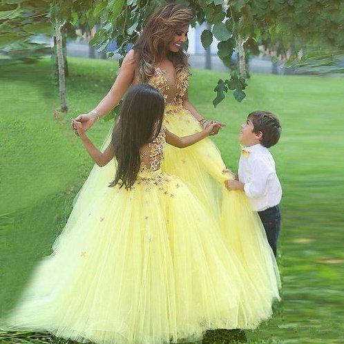 Yellow Flower Girl Dresses for Weddings
